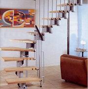 Межэтажная лестница на металлическом каркасе от производителя.